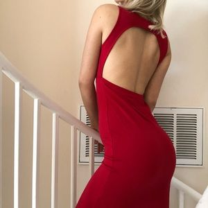 Dresses & Skirts - Sexy Red Dress Backless Open Back Size M